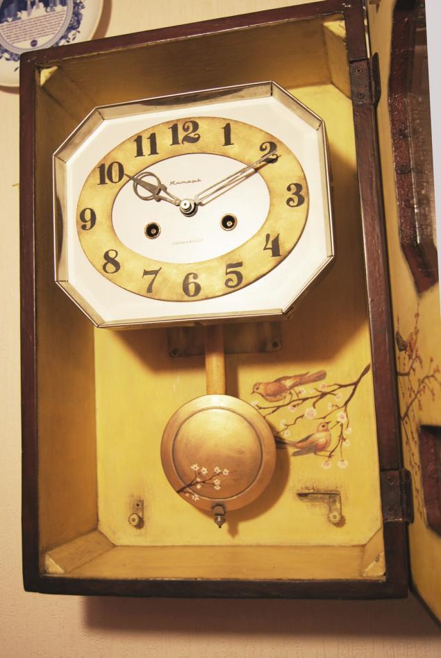 Настенные ручную с заводящие боем часы продать в 160 лет ломбард москва часы мануфактура