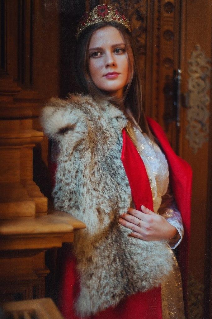 королева, винтажные украшения, аксессуары, новый год 2015