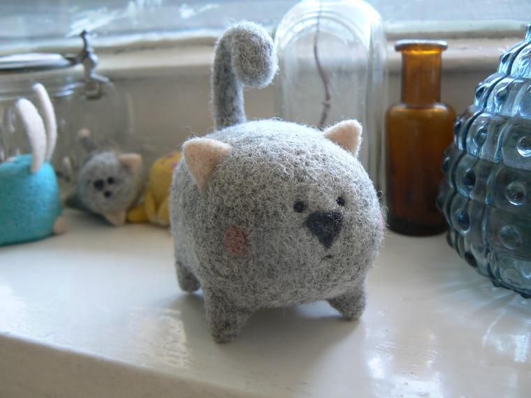 валяние, игрушка, обучение в москве, кот, валяный котик