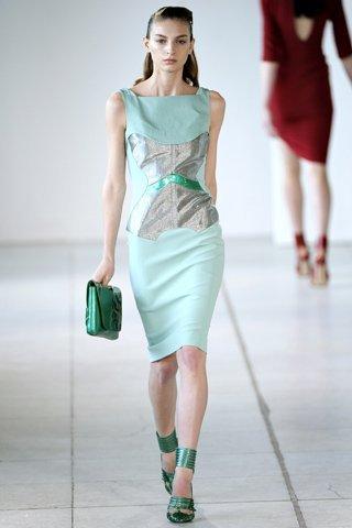 мода весна-2012