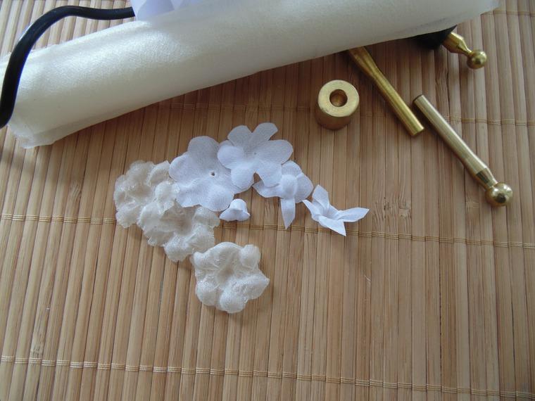 цветы из шёлка, цветы белые, шелковые цветы