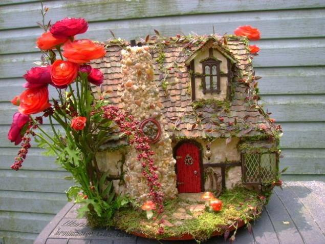 Домик с цветами поделка
