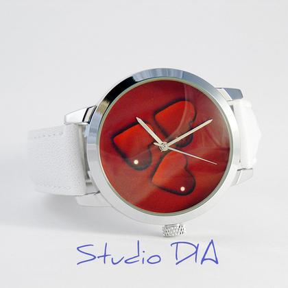 бесплатно, подарок любимому, купить часы, необычные часы
