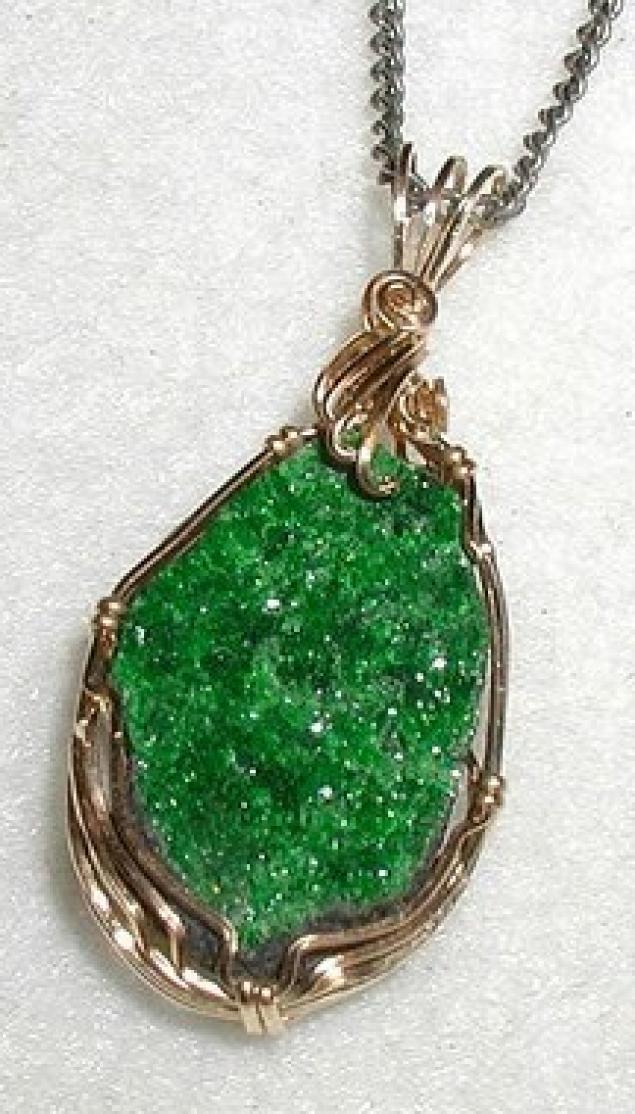 демантоид, зеленый гранат, авторские украшения