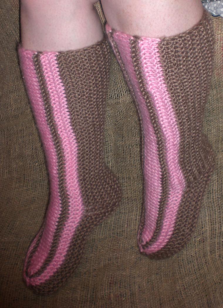 Вяжем носки исландцы