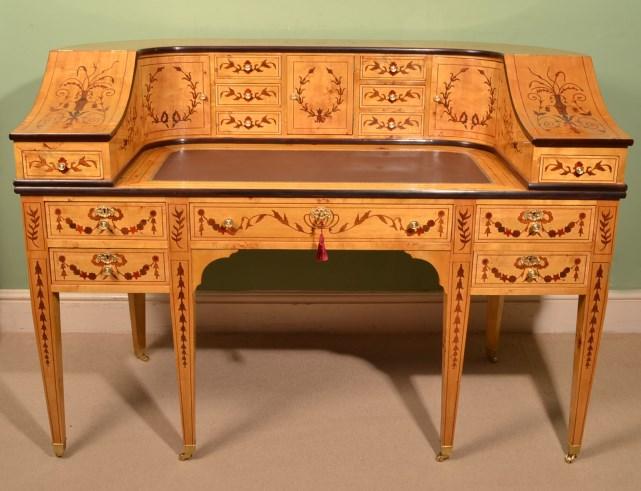 Письменный стол для рукоделия 178