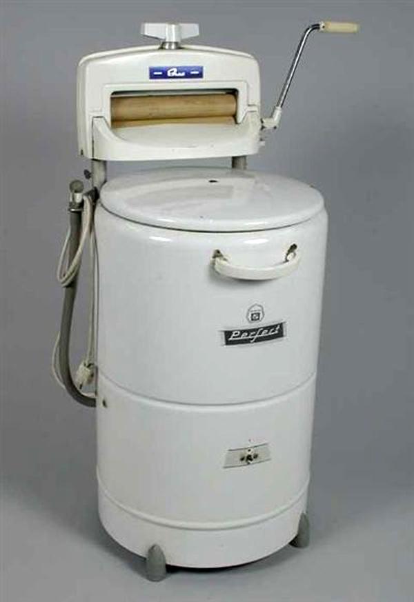 менее старые стиральные машинки фото прочили большое будущее