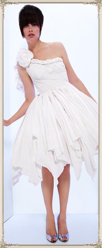 Платья из туалетной бумаги своими руками фото