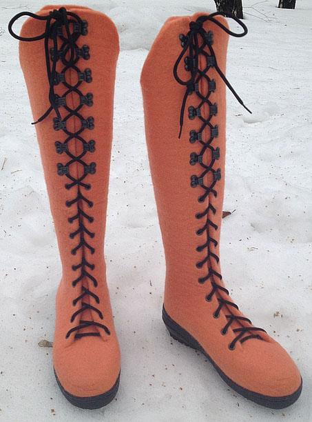 сапожки со шнуровкой