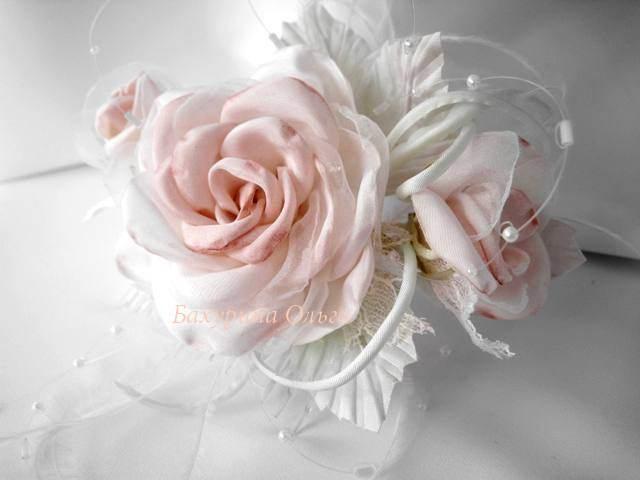 роза, композиция, свадебные украшения, свадьба, брошь-цветок, заколка с цветами, цветы ручной работы, цветы из шелка, цветоделие, цветы из ткани, цветы, обучение цветоделию, мастер-класс