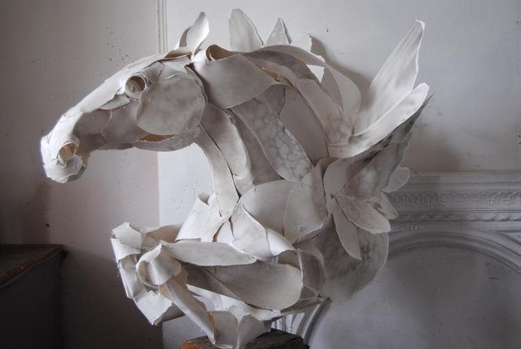 Бумажные статуй своими руками 73
