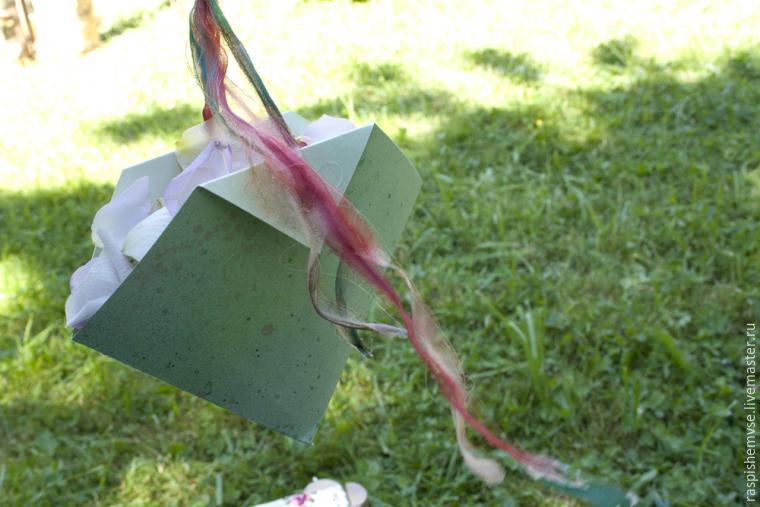 Делаем свадебные кулечки для лепестков, фото № 50