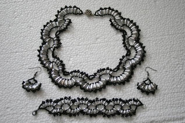 браслет в подарок, украшения из бисера, комплект