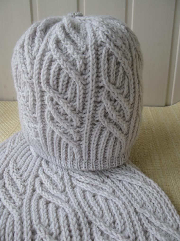 шарф, по желанию заказчика