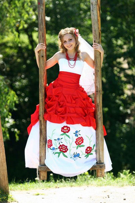 Платье с вышивкой идеи