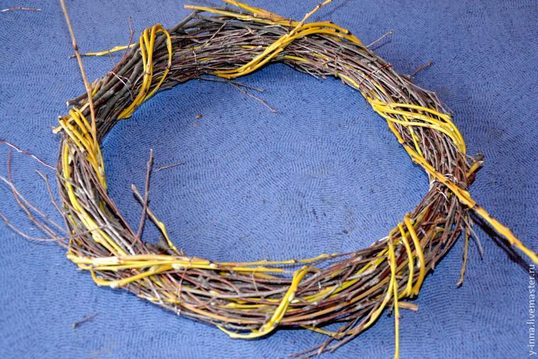 Плетение венков из ивы