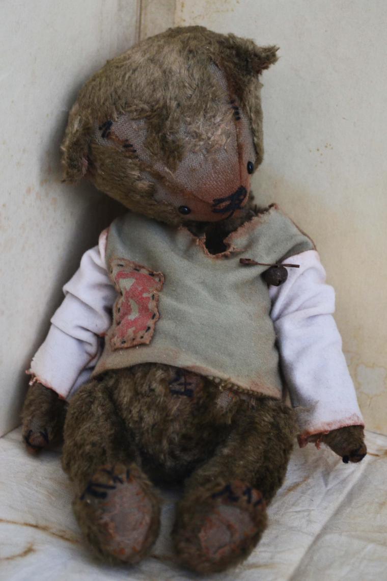 акция магазина, коллекционный мишка