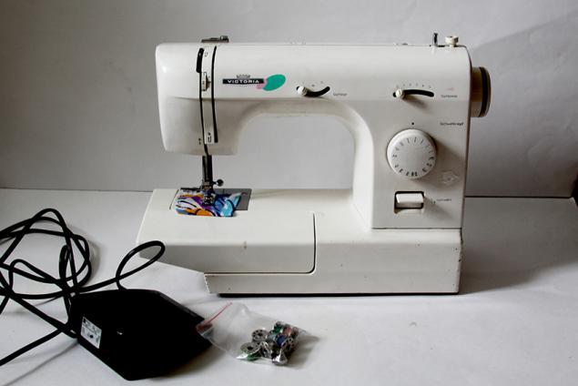 отдам даром, швейная машинка