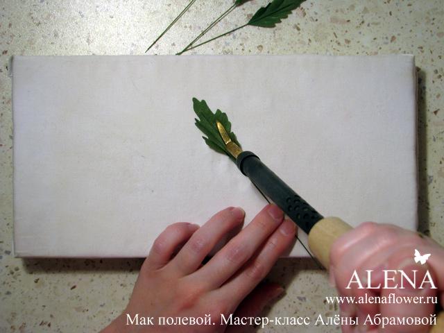 Как сделать из ткани цветы с помощью булек