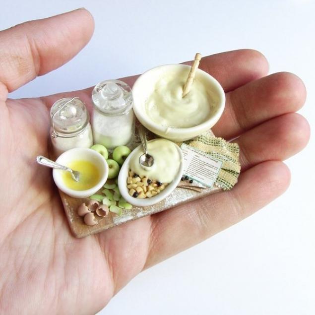 Кукольная миниатюра из полимерной глины