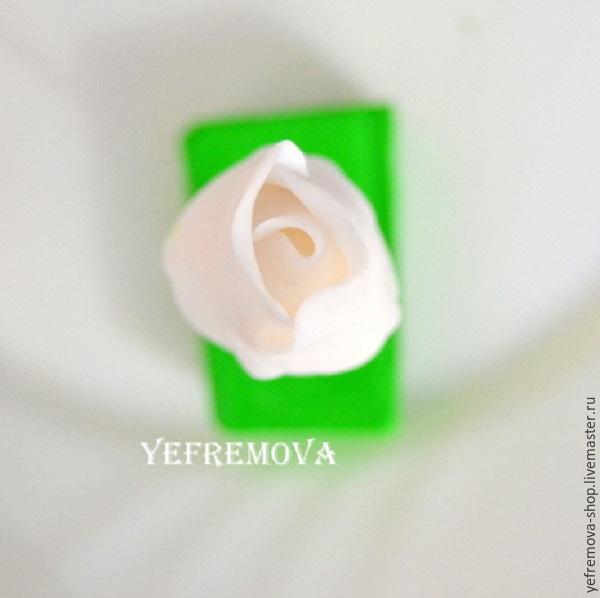 роза из полимерной