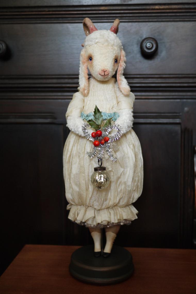новогодняя коза