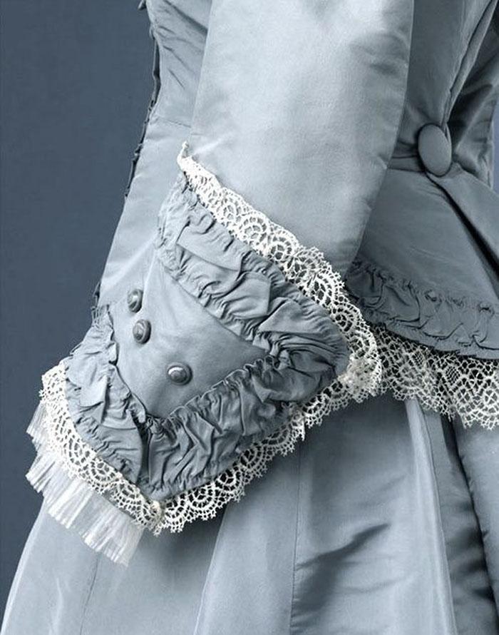 антикварное платье