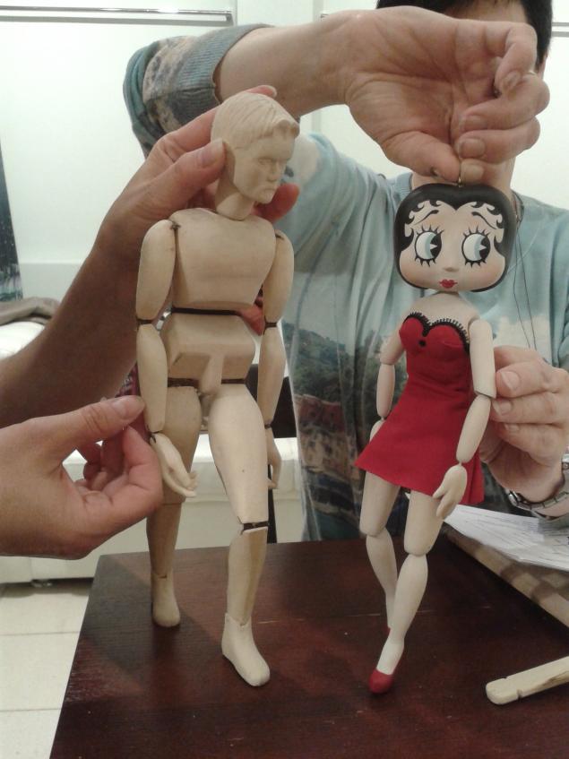 кукла-марионетка