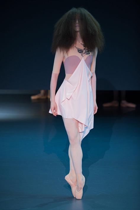 Victor&Rolf Haute Couture весна-лето 2014, фото № 16