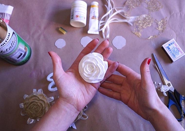 Создаем заколки с кружевом и золотыми розами из фоамирана, фото № 11