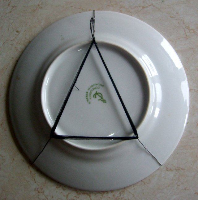 Подставка под тарелки своими руками фото