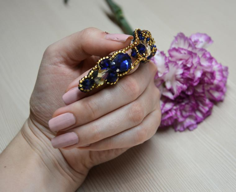 вышивка бисером, шикарное кольцо, украшения с камнями