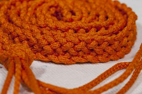 стильный пояс, плетение шнуров