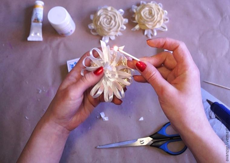 Создаем заколки с кружевом и золотыми розами из фоамирана, фото № 19