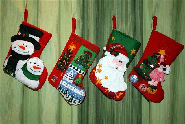 Новогодний носок для подарков своими руками из фетра