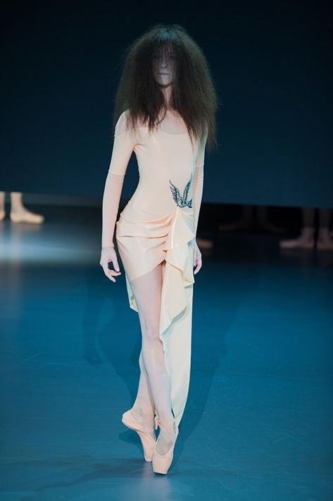 Victor&Rolf Haute Couture весна-лето 2014, фото № 15