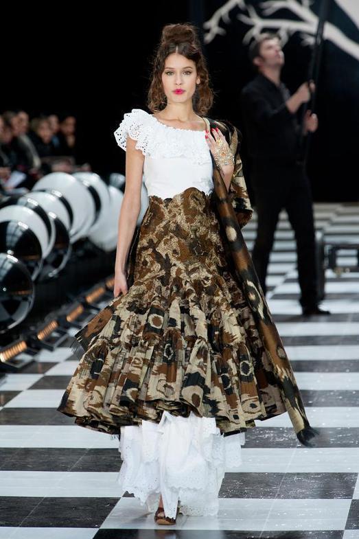 Franck Sorbier Haute Couture весна-лето 2014, фото № 17