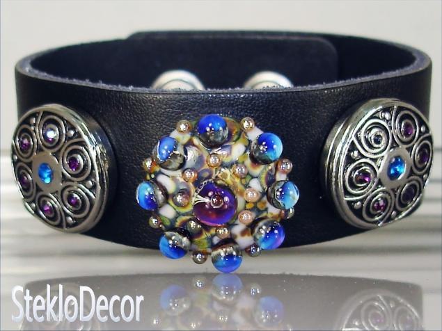 нуса, браслет из кожи, необычное украшение, авторский лэмпворк
