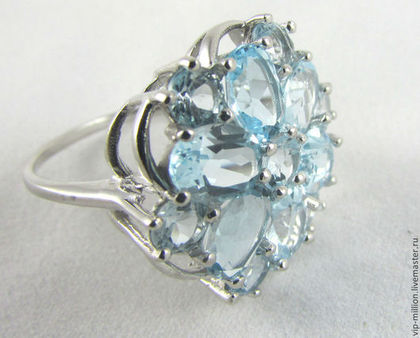 серебряные украшения, кольцо с изумрудом