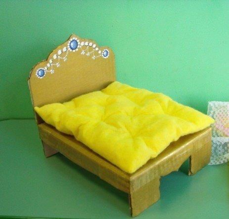 Как сделать из картона кроватку для куклы своими руками