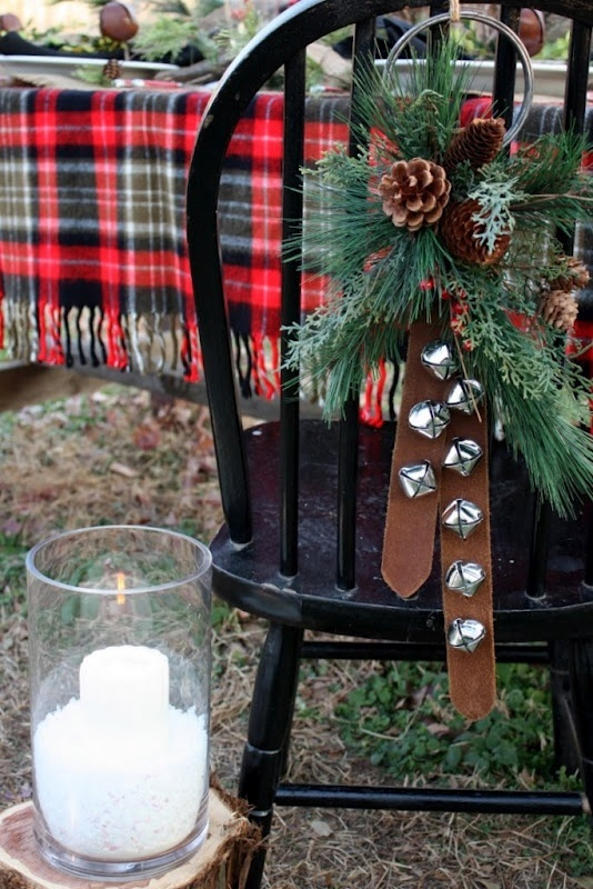 Natural Christmas Tablescape <a href=